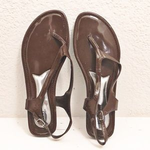 KALLI BROWN THONG SANDALS SIZE 11M NEW WITHOUT BOX